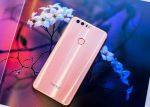 Honor 8 Premium disponibile ora anche in Rosa