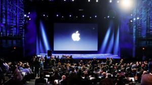 Evento Apple: Tim Cook parla di politica, salute e ambiente e poi finalmente mostra i prodotti