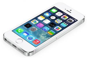Apple, per la prima volta le vendite dell'iPhone sono diminuite