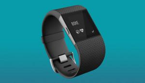 Fitbit è stata accusata di utilizzare nei suoi dispositivi sensori del battito poco precisi