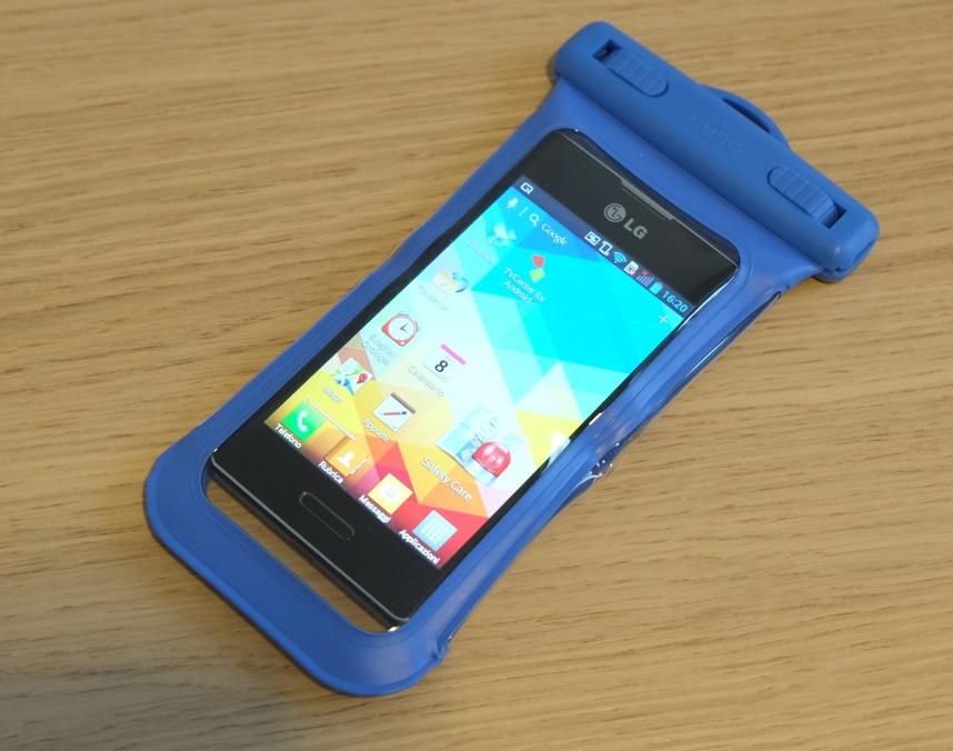nuovo prodotto b687c 0d614 Cover cellulari impermeabili e custodie impermeabili, ecco ...