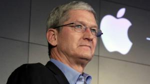 Tim Cook festeggia 5 anni alla guida di Apple e sblocca 100 milioni di bonus