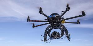 Con le lenti 3D i droni avranno una capacit visiva come quella delle aquile
