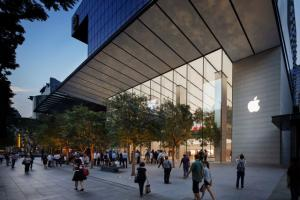 Apple: Un Super Apple Store apre a Singapore