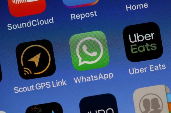 Whatsapp aggiornamento in arrivo (via Getty)