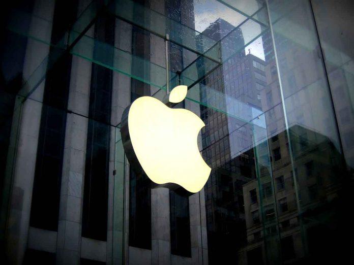 Apple iOS 14 (da Pixabay)