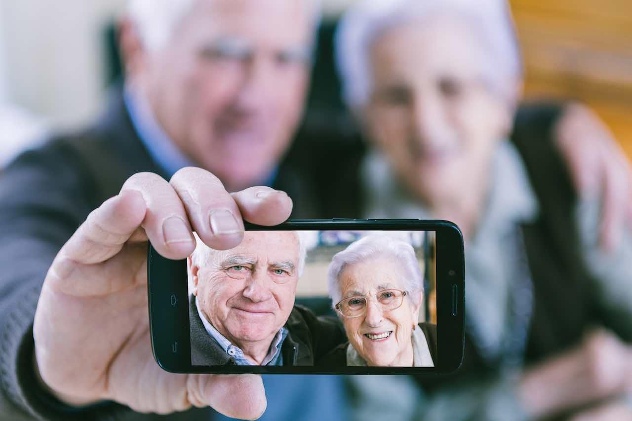 smartphone anziani