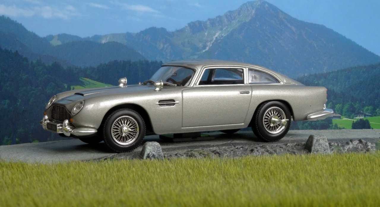 Aston Martin DB5 James Bond YouTube