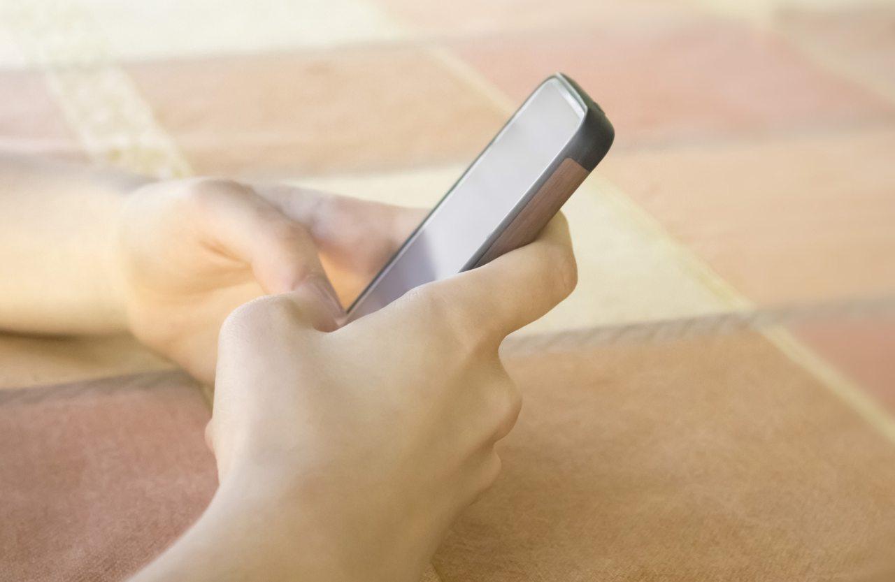 smartphone e dipendenza dai social