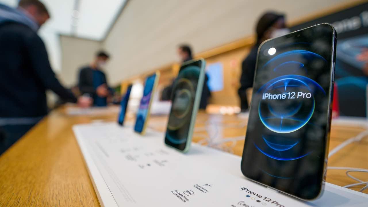 iPhone 12 batteria