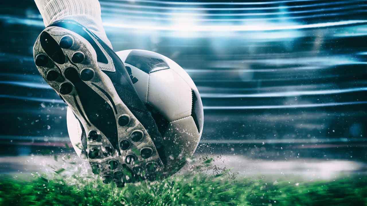Il calcio su Mediaset (Adobe Stock)