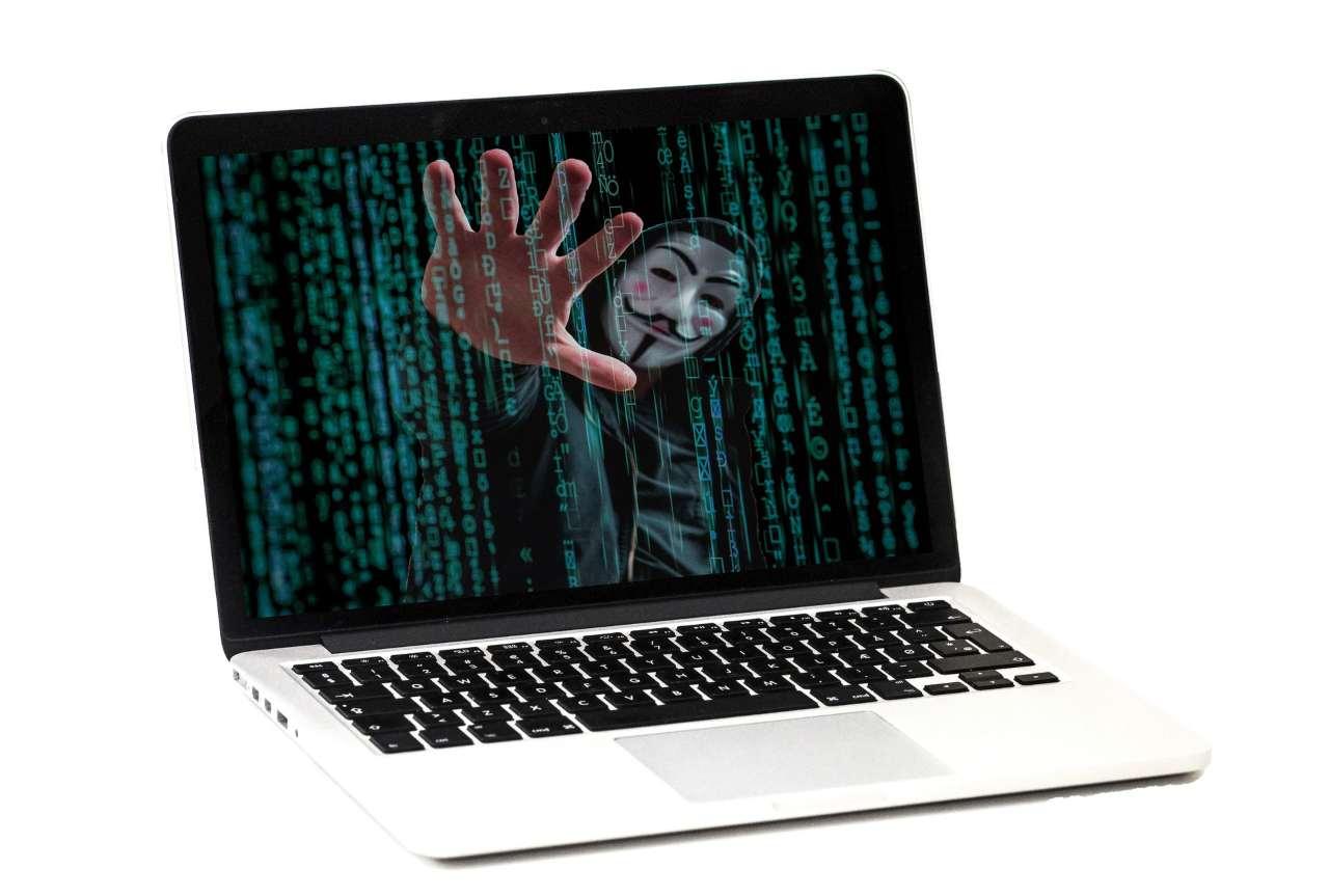 Hacker San Valentino phishing