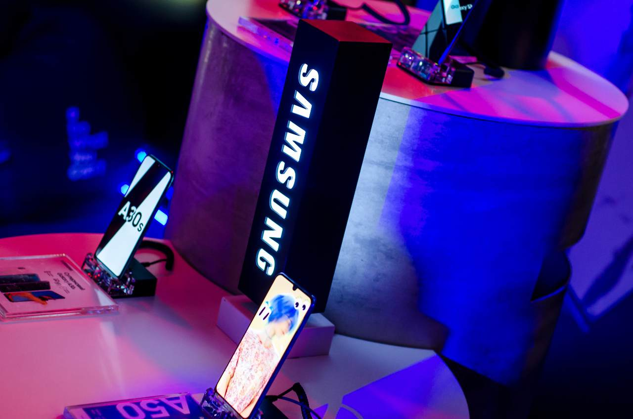 Stand espositivo Samsung (Adobe Stock)