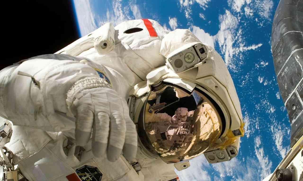 astronauta Terra
