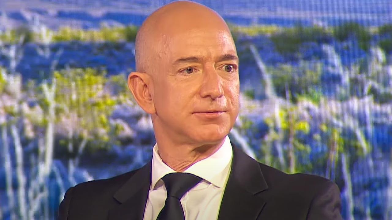 Jeff Bezos lascia CEO Amazon