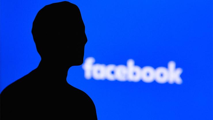 Facebook addio Zuckerberg