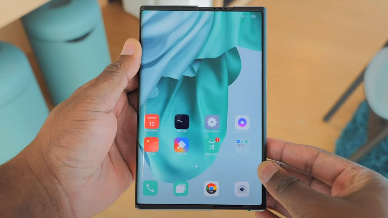 Oppo X 2021 smartphone display arrotolabile