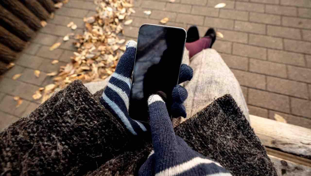 iPhone guanti