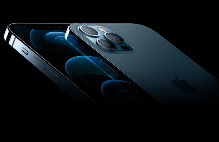 iPhone 13, il 12 PRO small