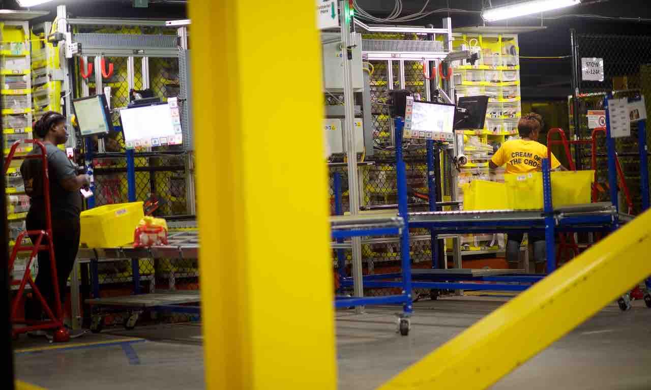 centri distribuzione amazon