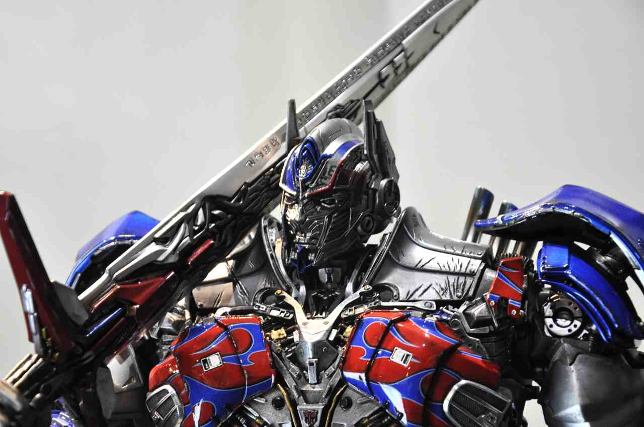 Optimus Prime (Adobe Stock)