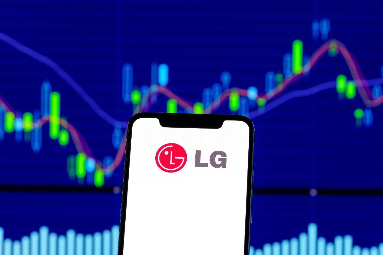 Smartphone LG (Adobe Stock)