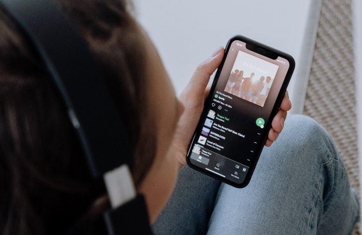 Apple competizione sleale, l'Europa accoglie le proteste di Spotify