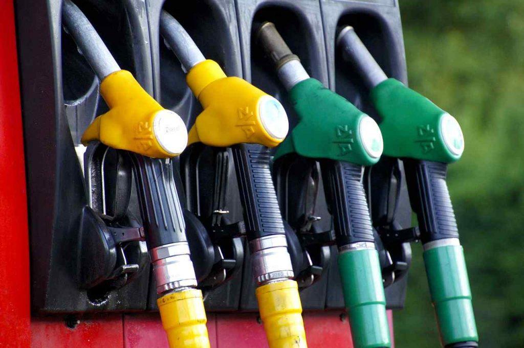 Benzina pompa