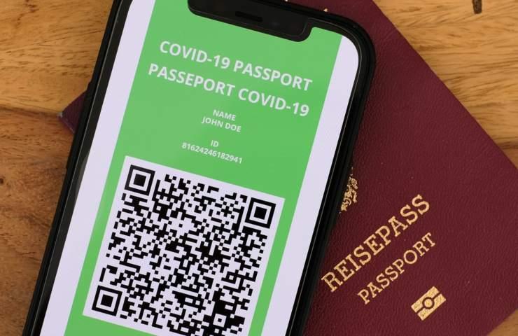 Passaporto Vaccinale, smartphone