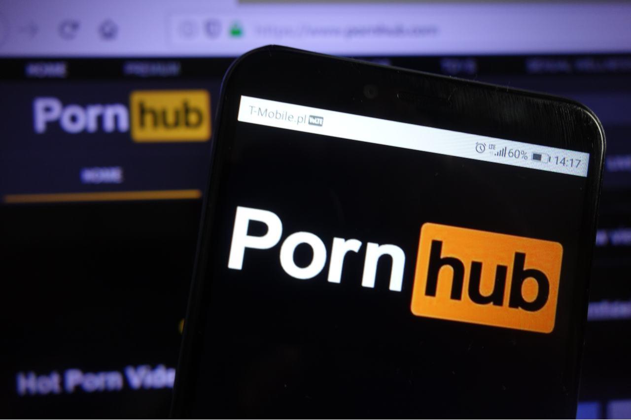 PornHub, un'altra denuncia (Adobe Stock)