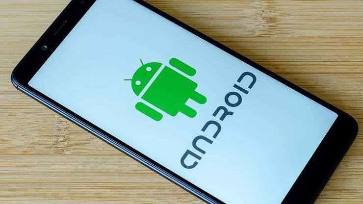 Android 12 apertura auto smartphone