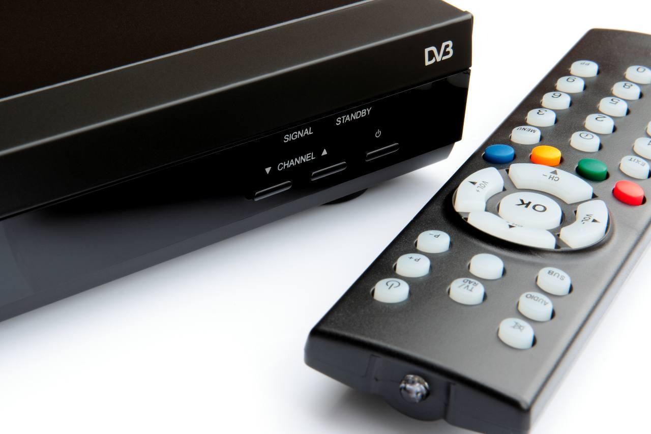 Digitale Terrestre, a giugno 2022 il passaggio al DVB-T2 (Adobe Stock)