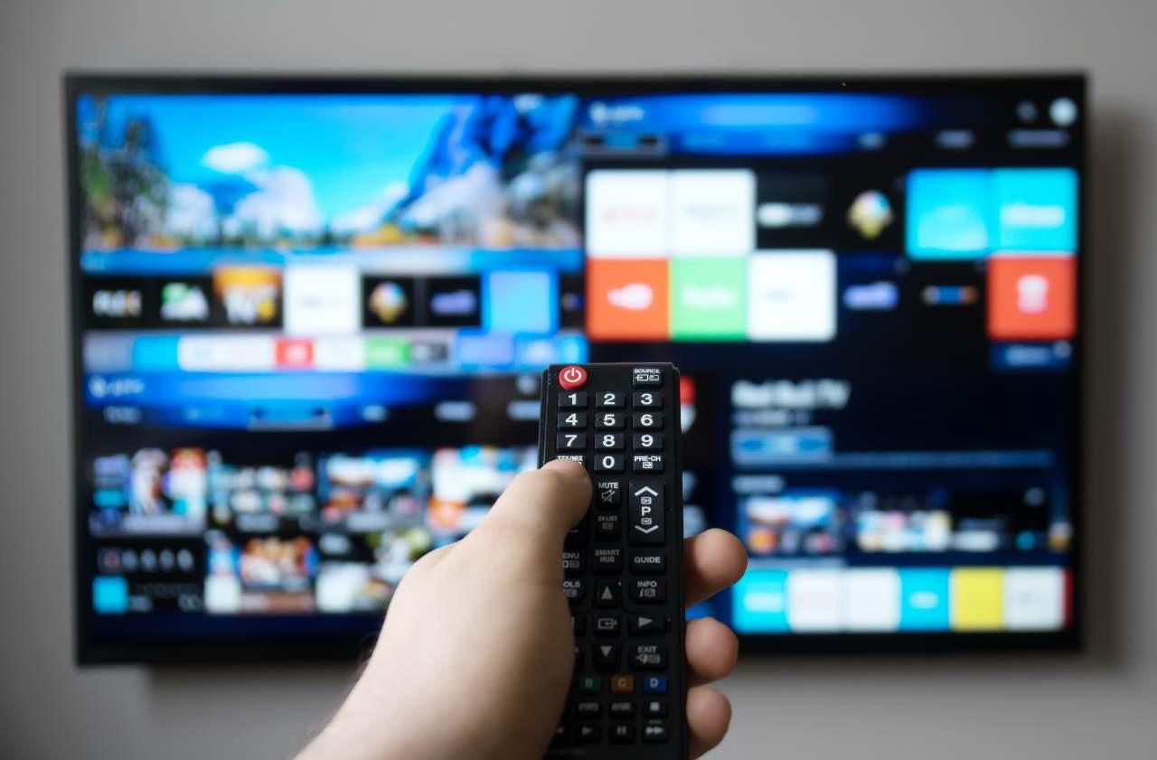Smart TV, come partecipare al concorso a premi Tifa e Vinci (Adobe Stock)