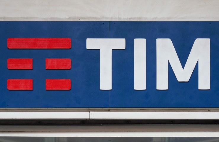 Benvenuti in TIM logo (Adobe Stock)
