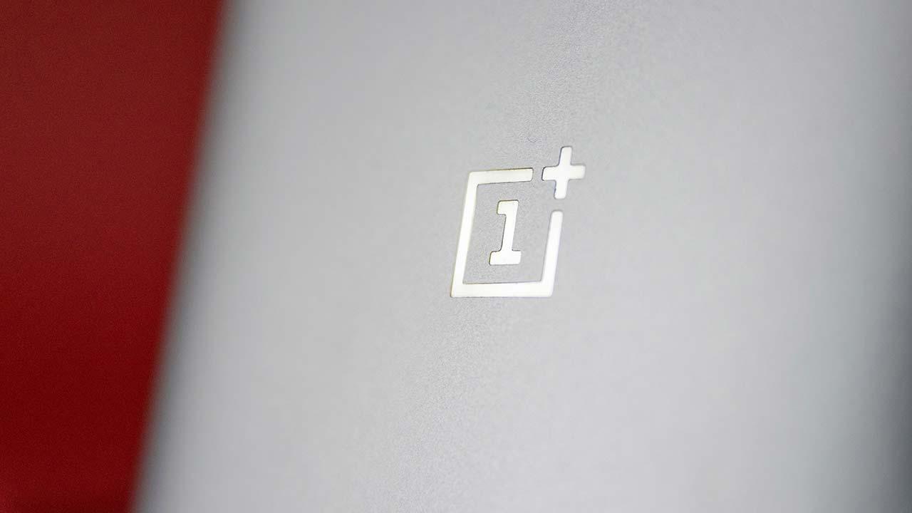 OnePlus 9 prestazioni limitate