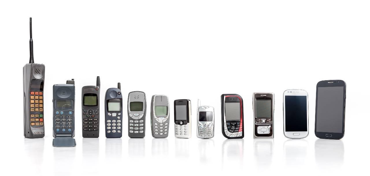 Nokia, l'evoluzione dei telefonini (Adobe Stock)