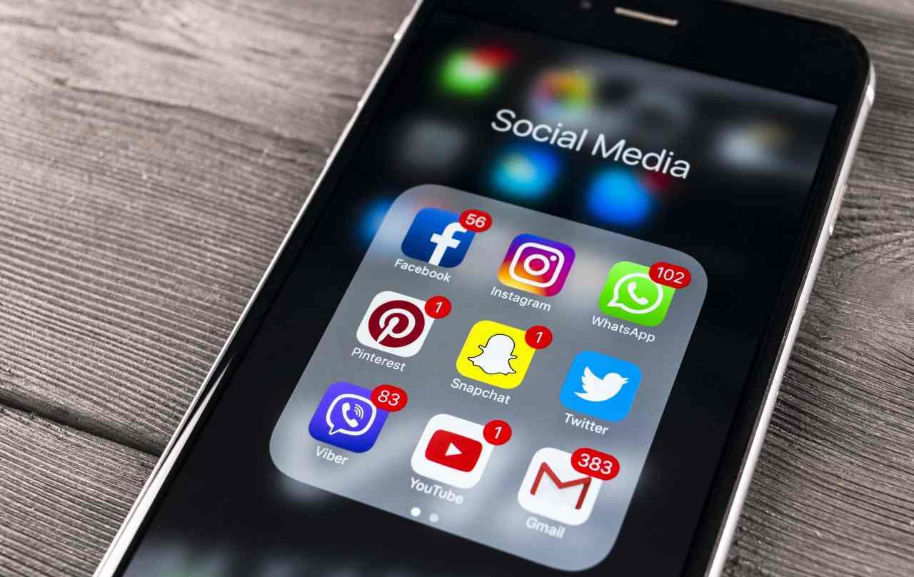 Social media (Adobe Stock)