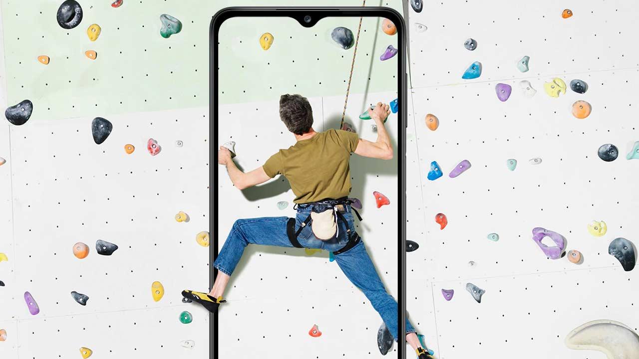 Samsung Galaxy A12 nuovo smartphone economico
