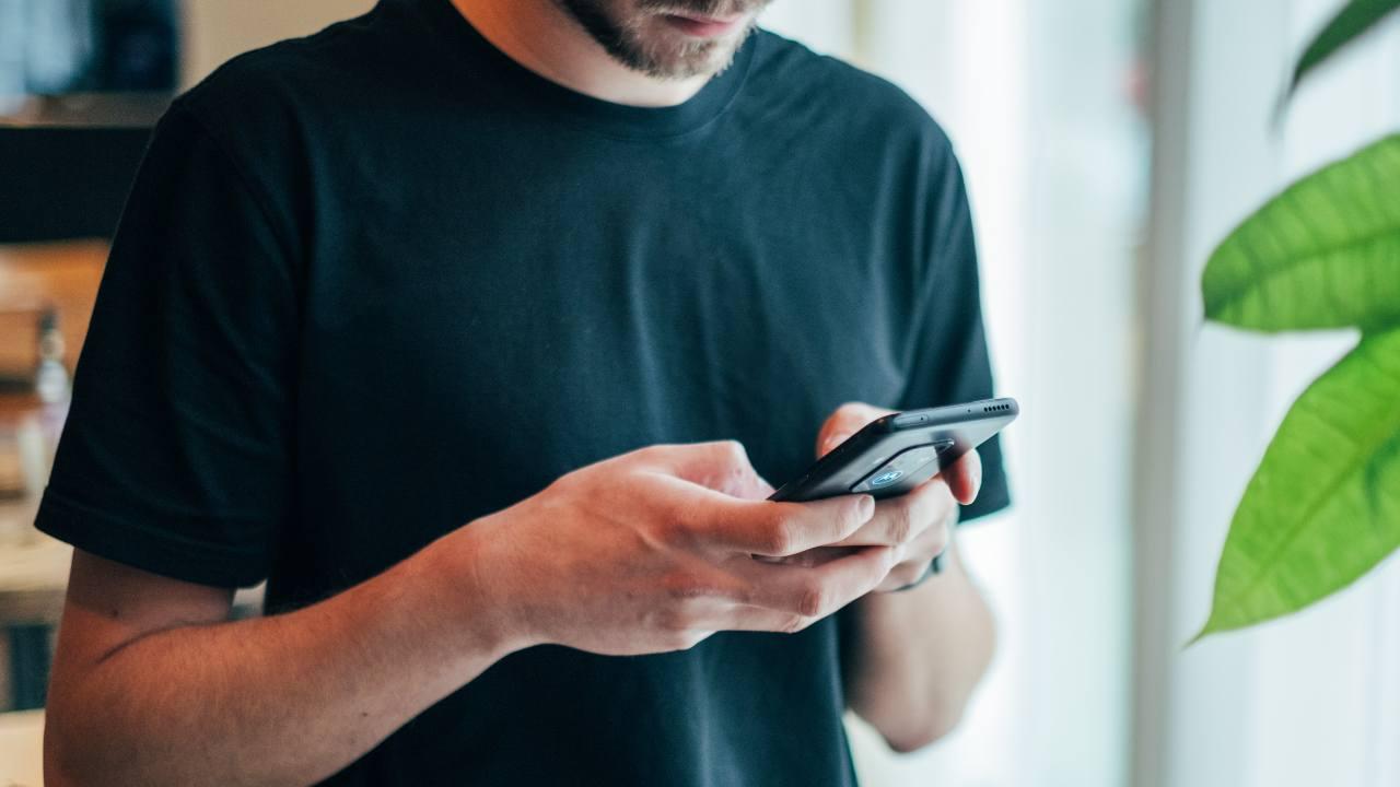 Android smartphone espressioni viso