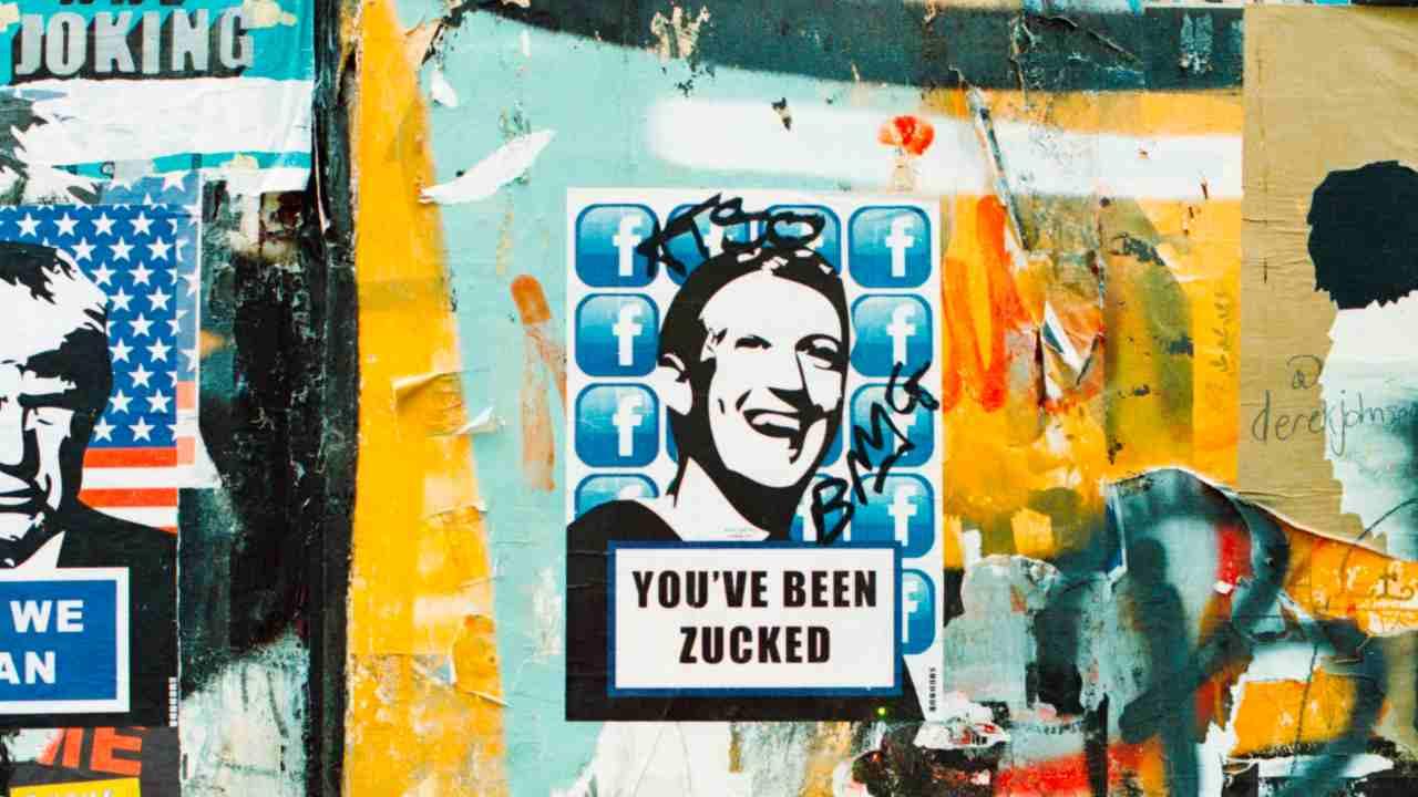 Facebook tracciamento dati