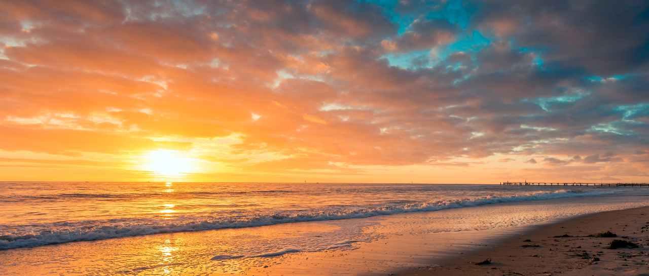 Foto al tramonto (Adobe Stock)