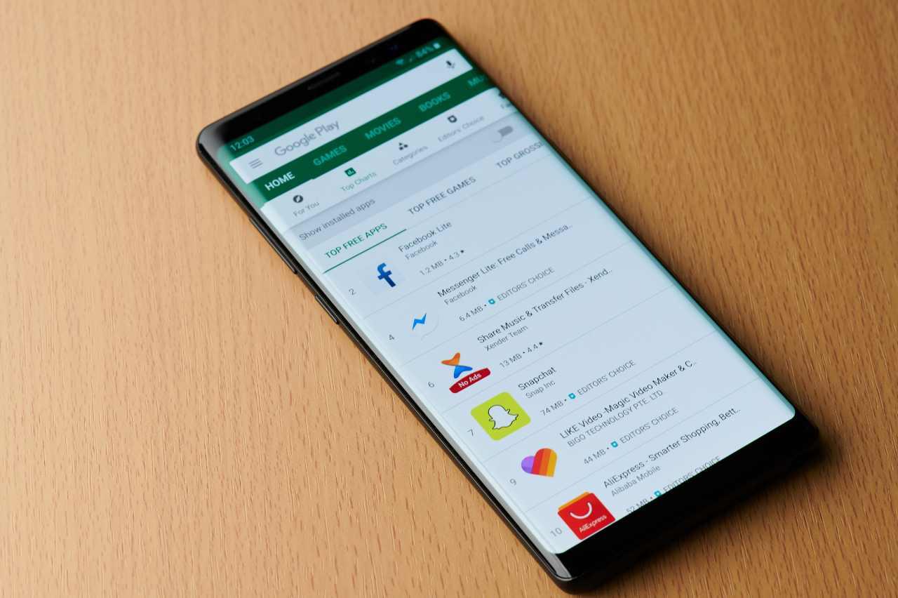 Google Play (Adobe Stock)