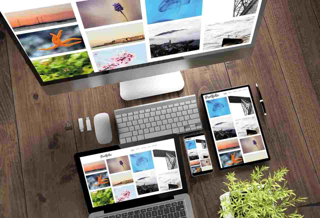 Postazione di lavoro Apple (Adobe Stock)
