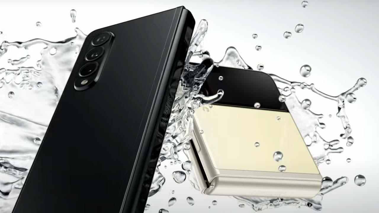 Galaxy Z Fold 3 smartphone resistente all'acqua