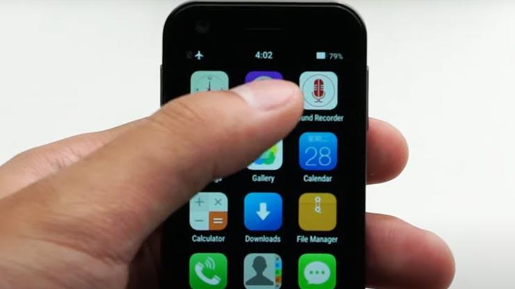 Mony Mint smartphone piccolo 4G
