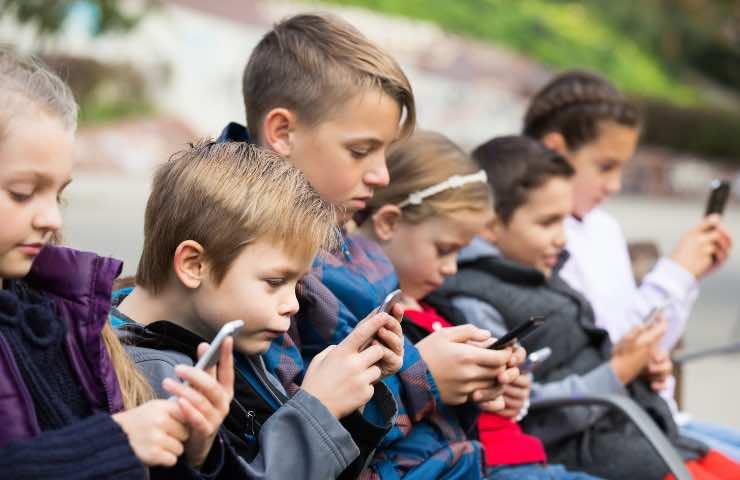 età media smartphone