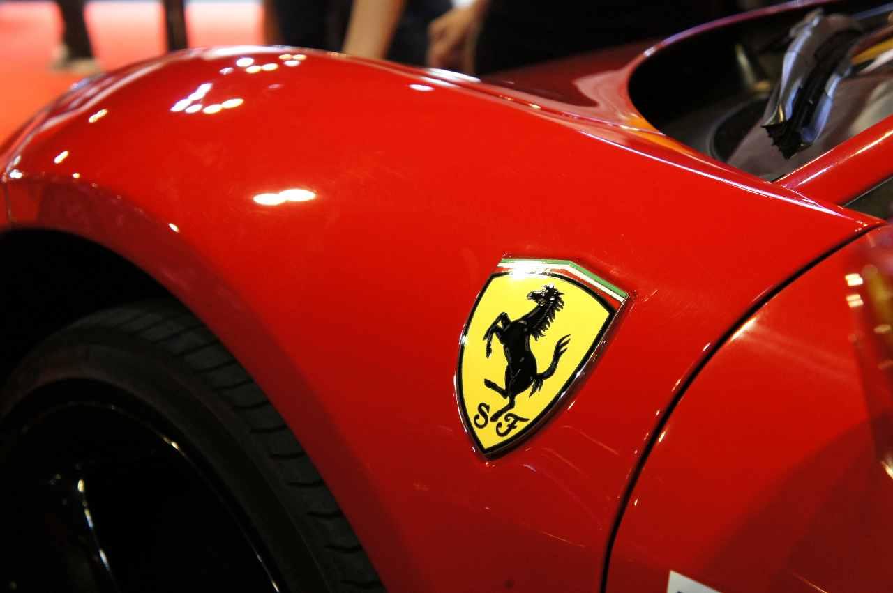 Ferrari, nuovo design in vista (Adobe Stock)