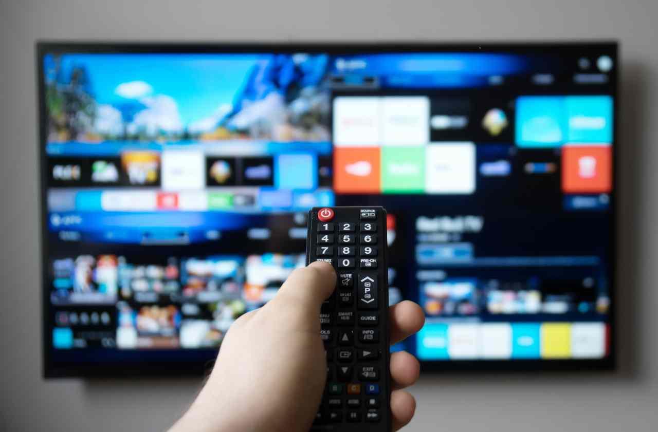 Smart Tv (Adobe Stock)