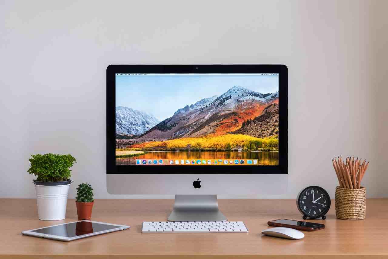iMac (Adobe Stock)