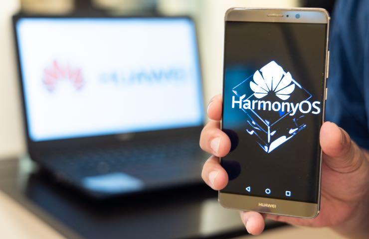 Huawei Mate 50 uscita nuovo smartphone Huawei